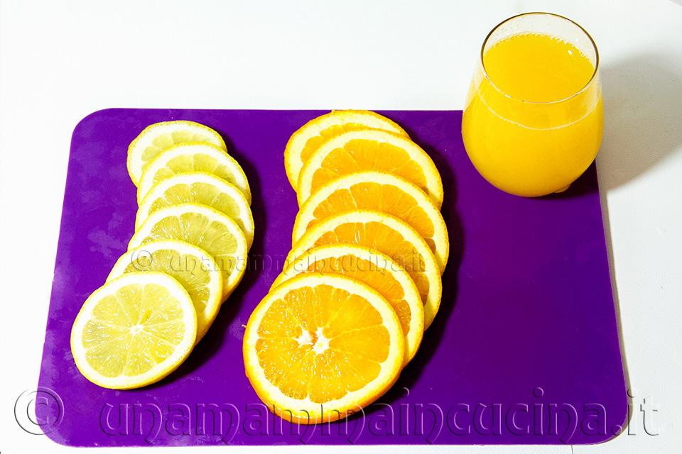 Sangria Arance e Limoni - Ricetta di unamammaincucina.it