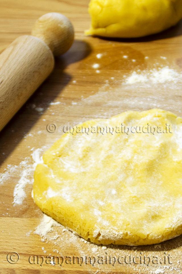 Ricetta Pasta Frolla Croccante per Biscotti - Tagliere delle Sorelle Simili - unamammaincucina.it