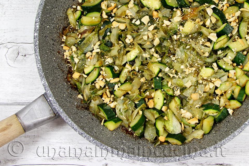 Tegame Crocchette di zucchine e scarola - Ricetta di unamammaincucina.it