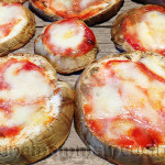 Ricetta Parmigiana di Melanzane al Forno - Pizzette di Melanzane